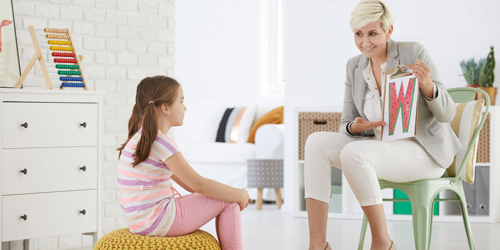 How to Begin a Speech Pathologist Career