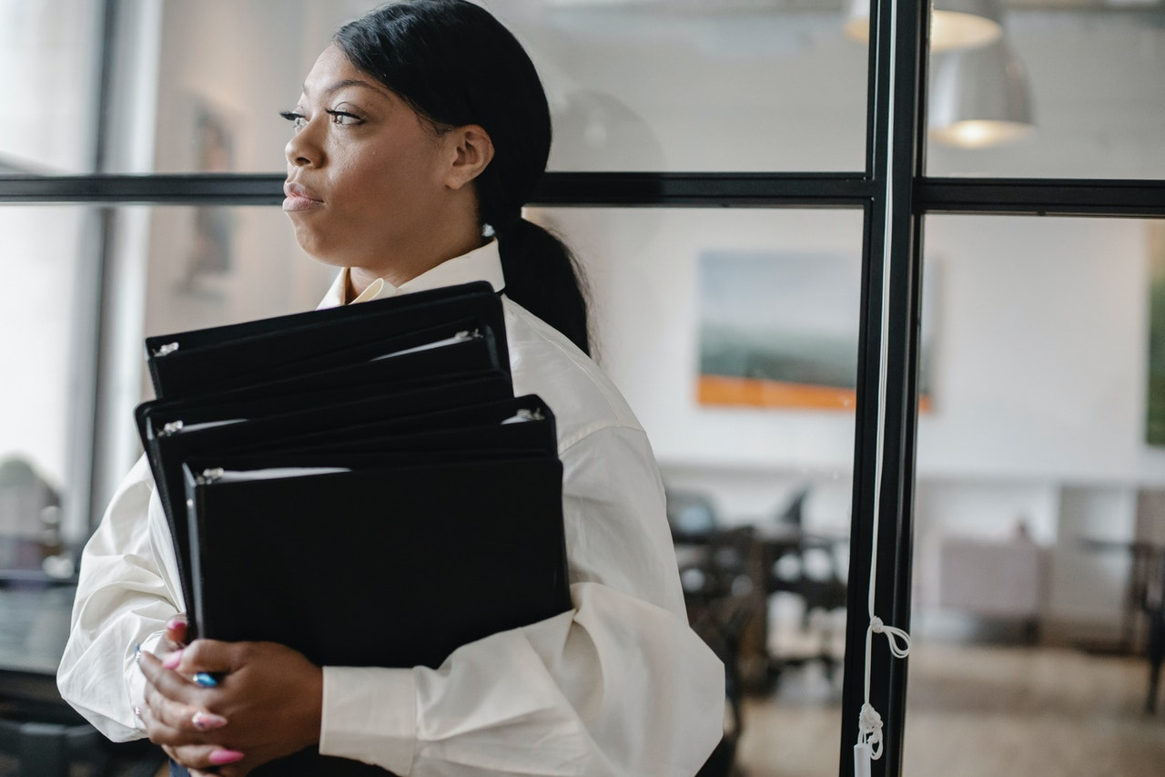 How to Become an Executive Assistant - In-Office or Remote