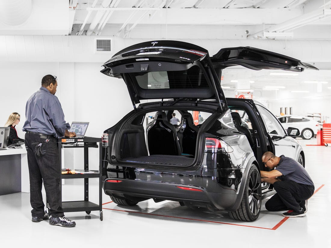 Jobs at Tesla: Start a Career in One of the Most Technological Companies in the World