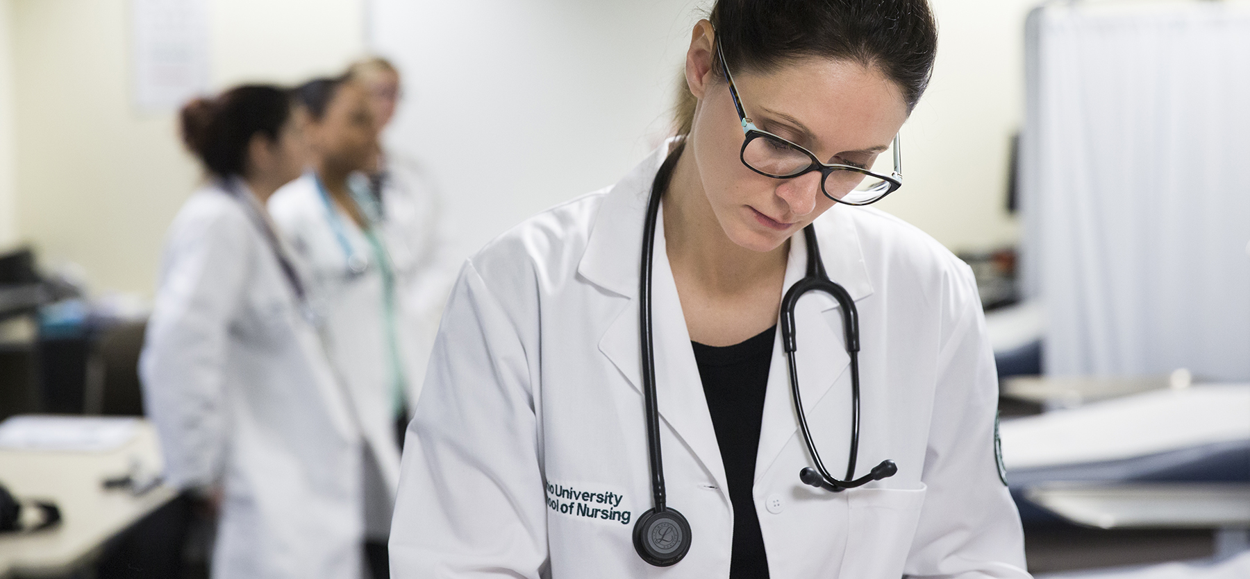 Things to Know About the Psychiatric Nurse Practitioner Career