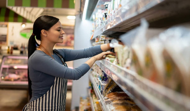 Learn How to Find Vacancies for Supermarket Cashier Jobs